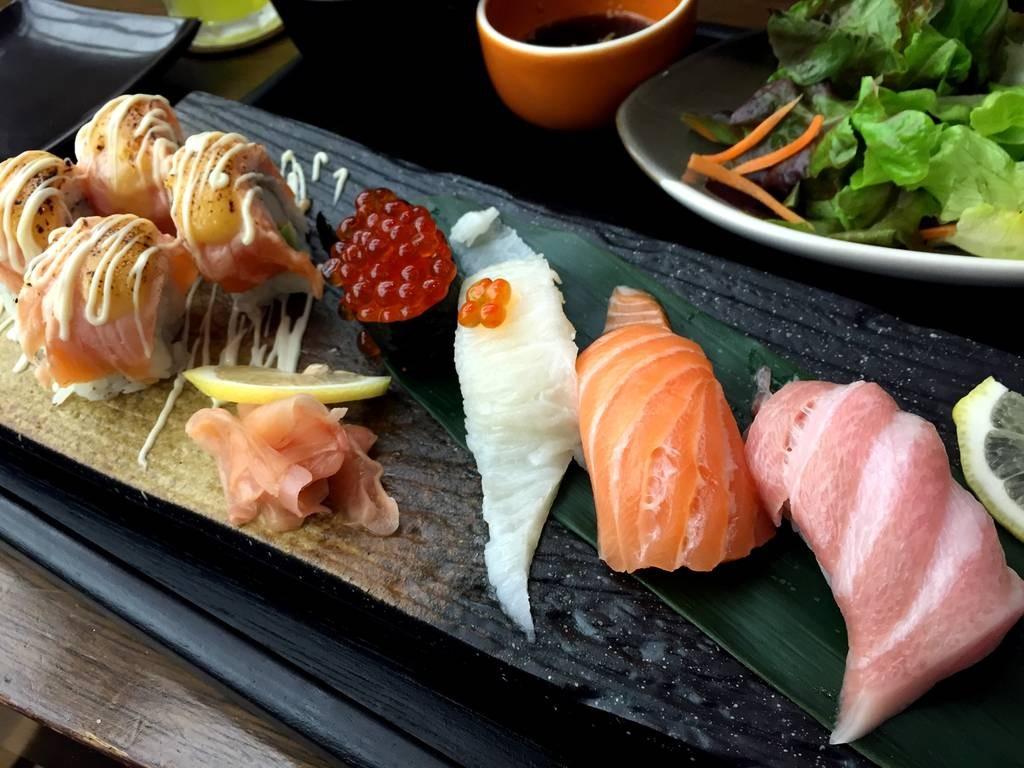 Sushi: Ikura, Engawa, Salmon, Otoro