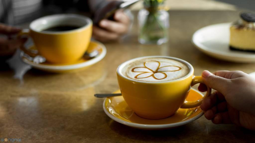 """""""Hot Buttercup Latte"""" (110.-)"""