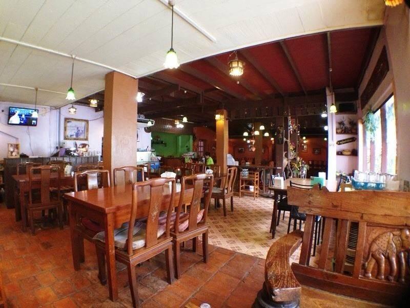 ห้องอาหารเยื่อไม้