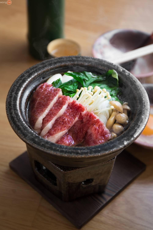 """Wagyu beef Sukiyaki Toban Course"" (1,950 บาท)"