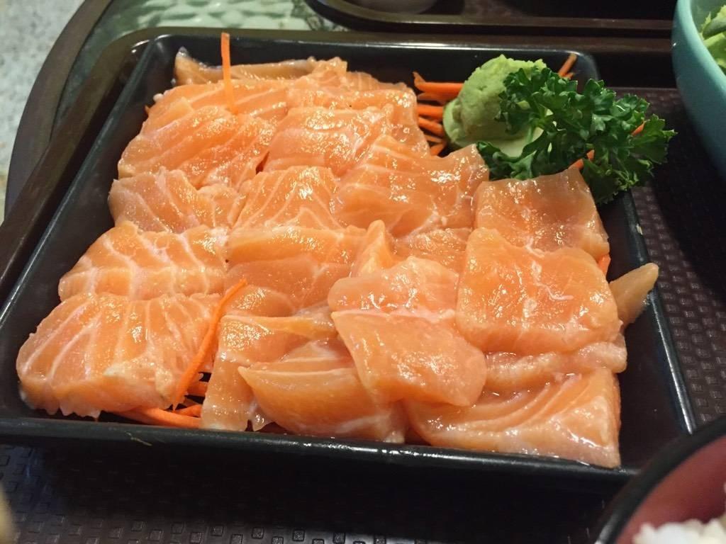 คุณลุงโยชิ อาหารญี่ปุ่น ภูเก็ต วิลล่า สามกอง