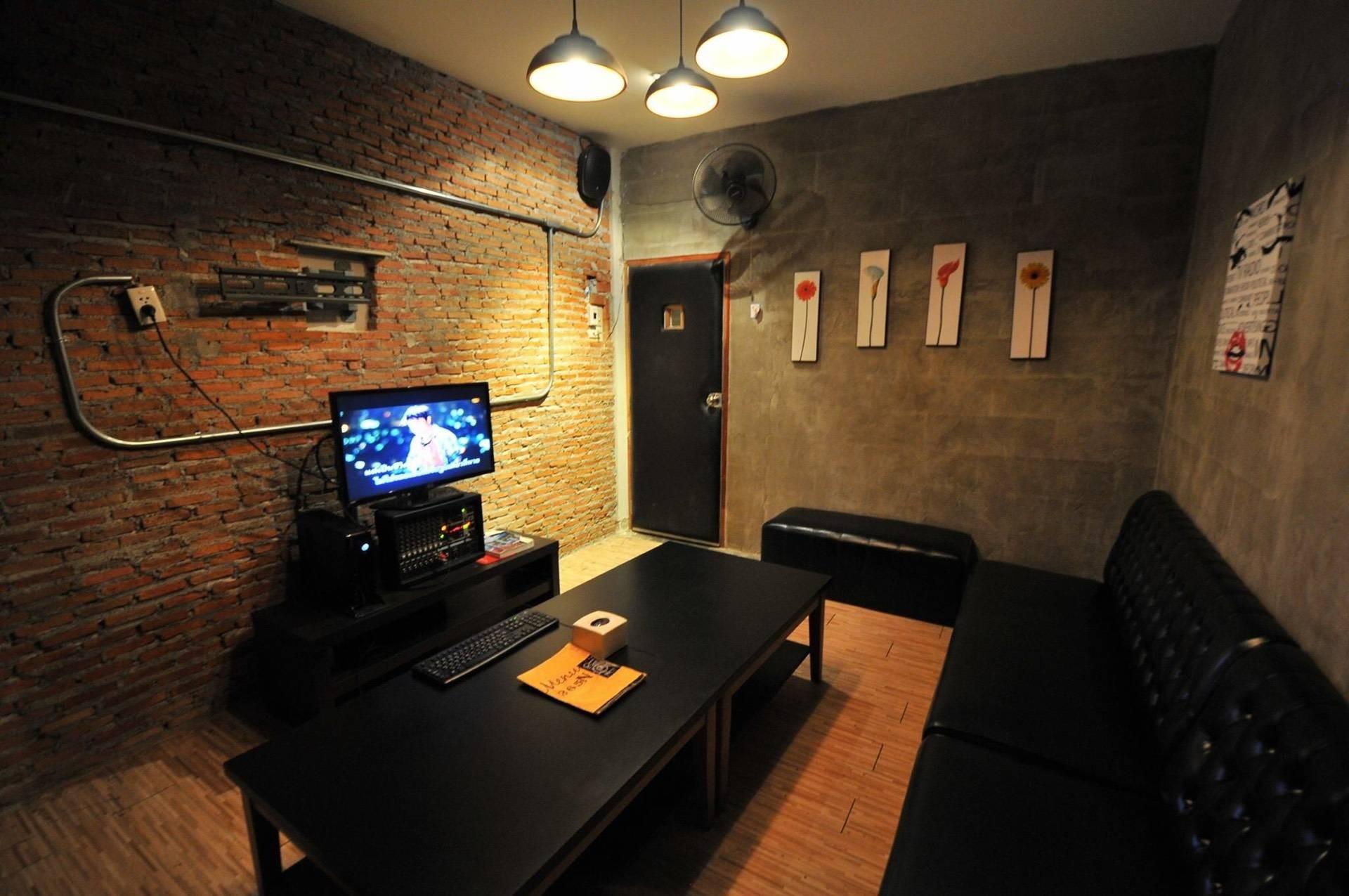 365N Karaoke & Restaurant