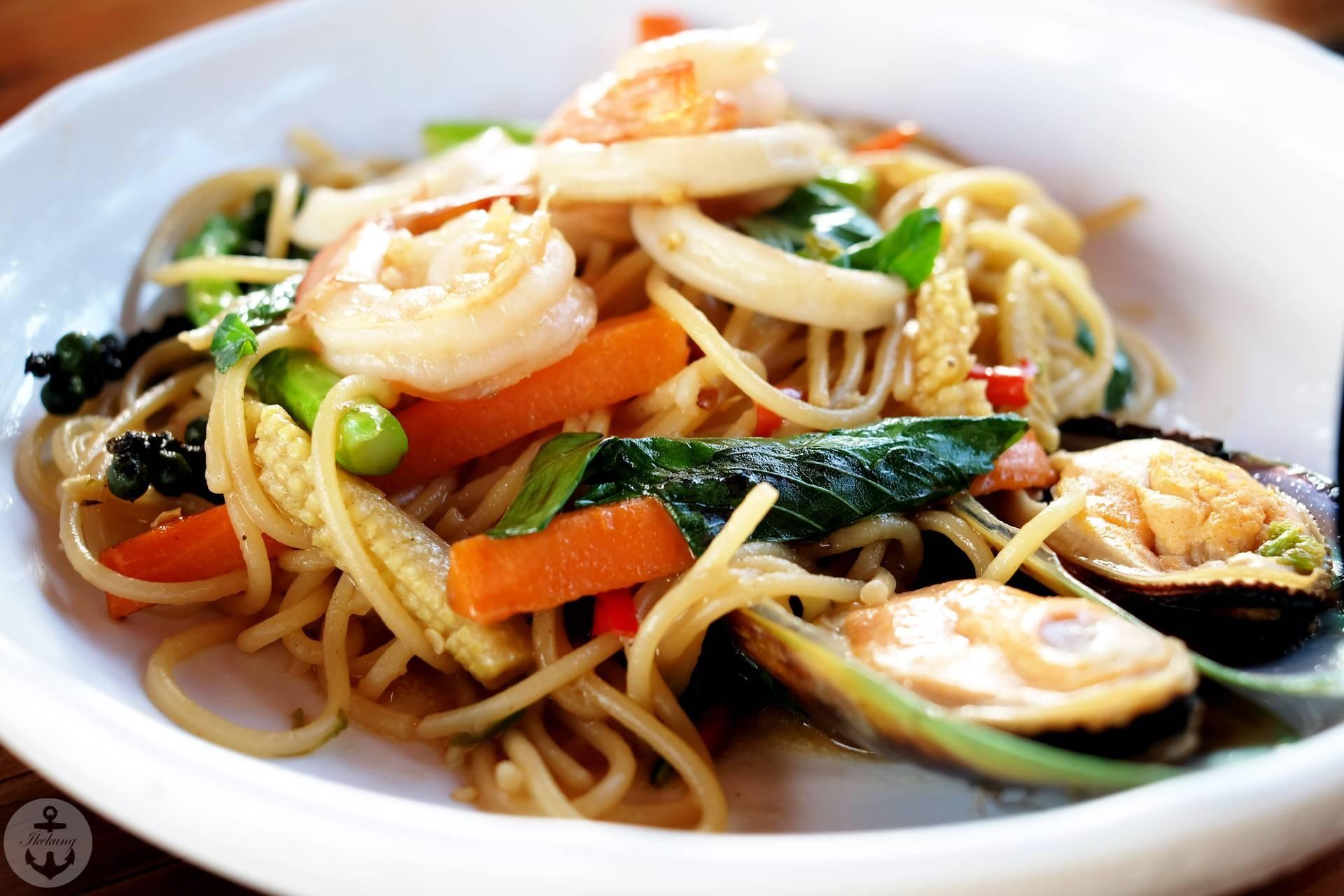 รสชาติดี ได้รสแบบไทยและเทศ !!