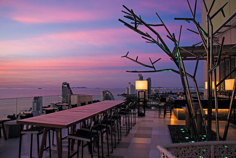 HaVaNa Bar Holiday Inn Pattaya