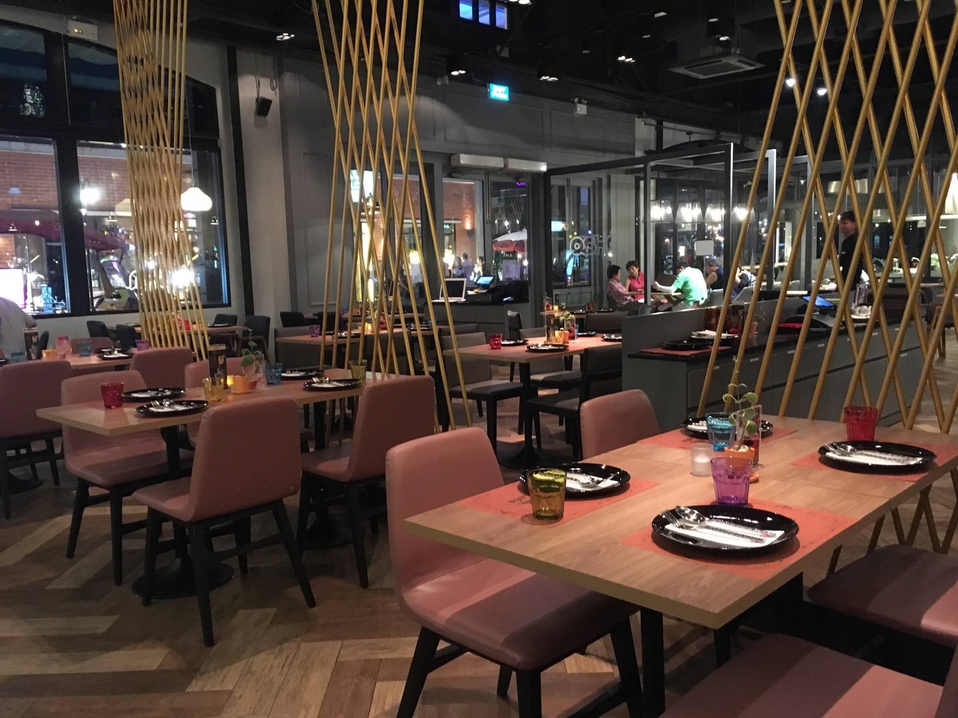 OSHA Café Asiatique the Riverfront