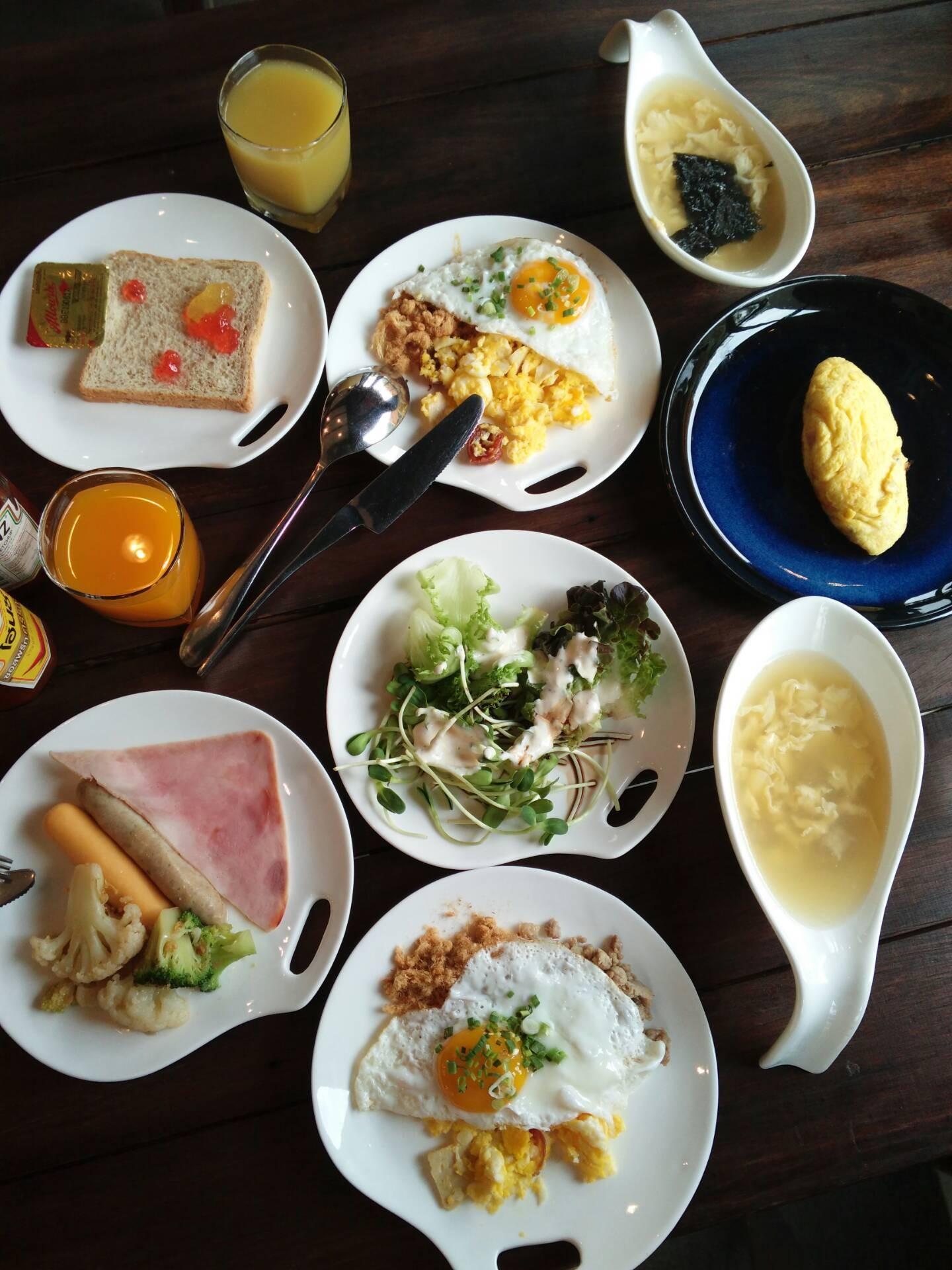อาหารเช้า มีครบและอร่อย