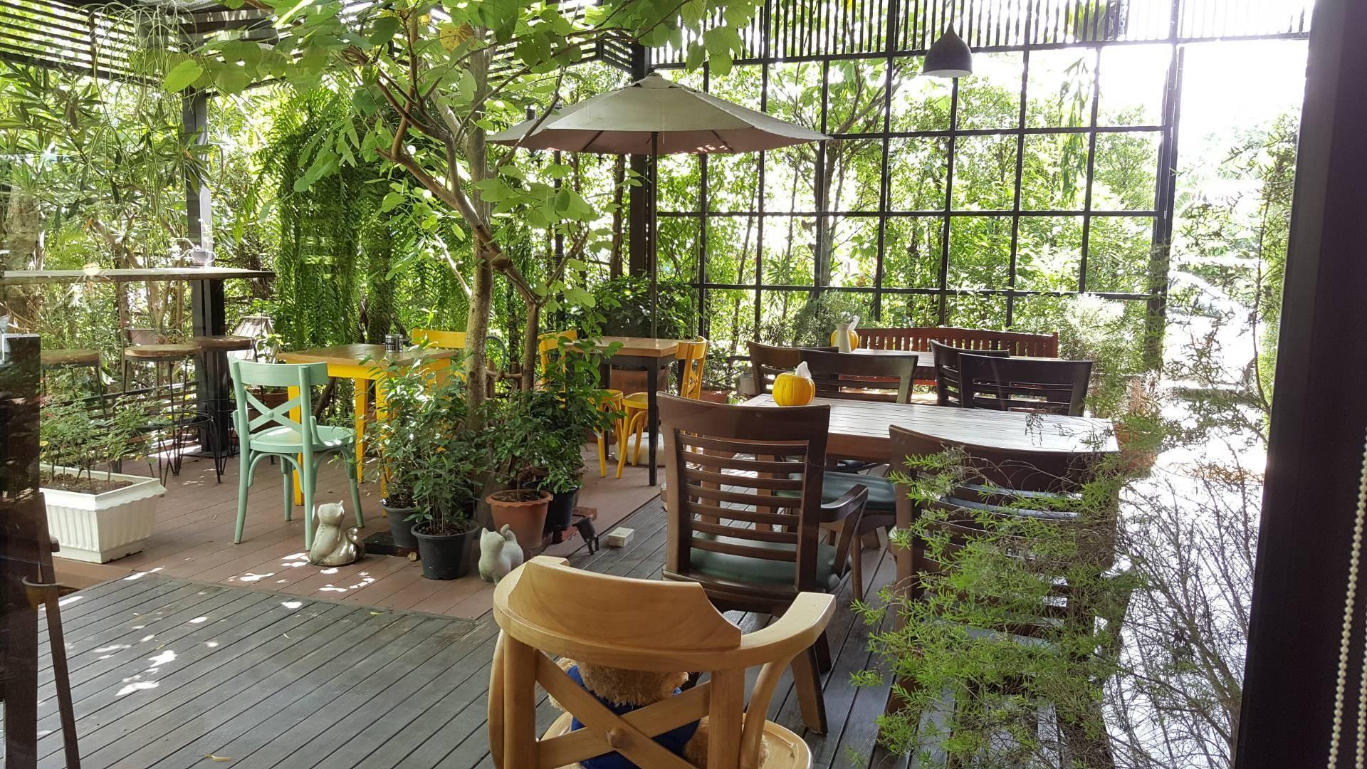 Rose-Mari Home Cafe + Cuisine