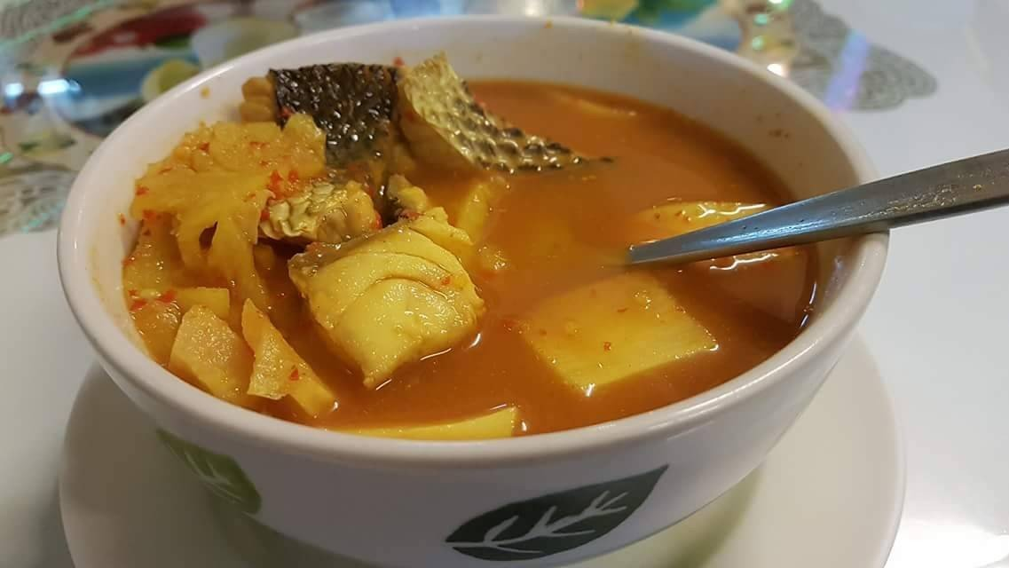 แกงส้มปักษ์ใต้ รสชาติกลมกล่อม เนื้อปลาสด ให้ผ่าน