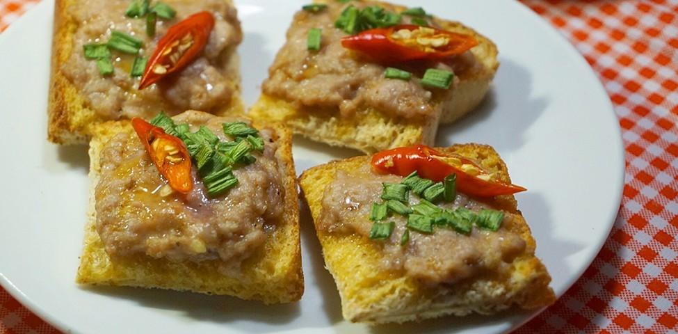 """วิธีทำ """"ขนมปังหน้าหมู"""" เมนูอาหารคลีน ของว่างแสนอร่อยทำง่ายได้ที่บ้าน!"""