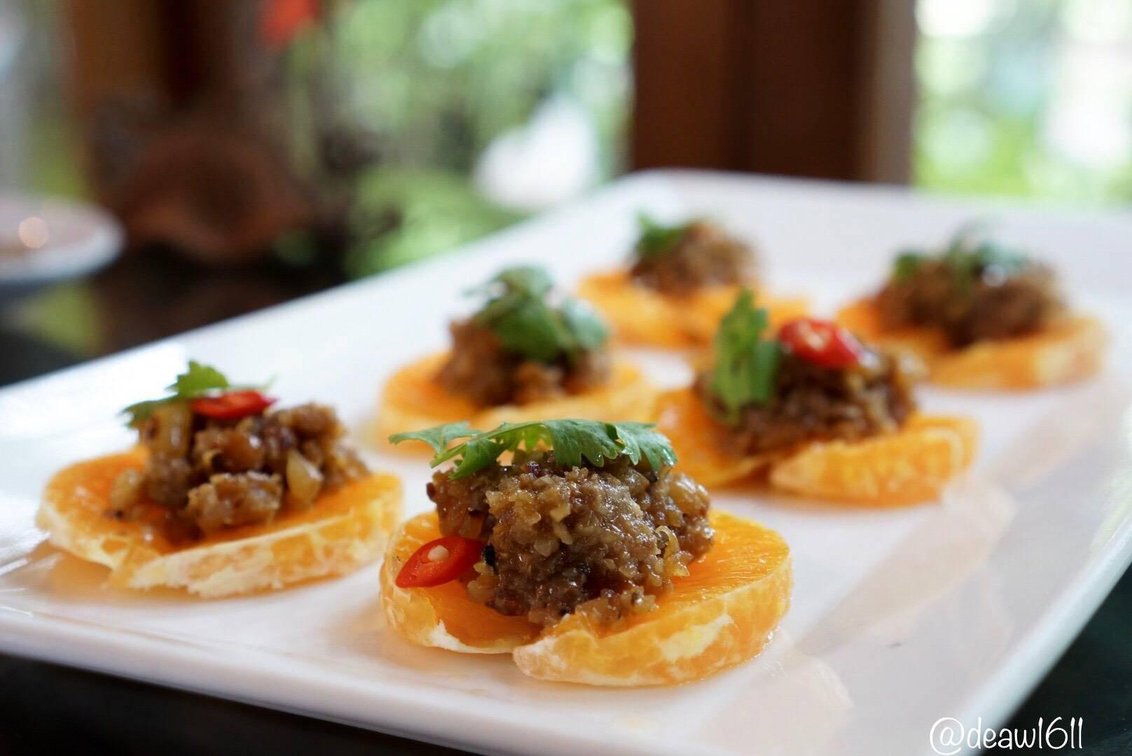อาหารว่างไทยโบราณ รสชาติคล้ายสาคูไส้หมู กินคู่กับผลไม้รสเปรี้ยว
