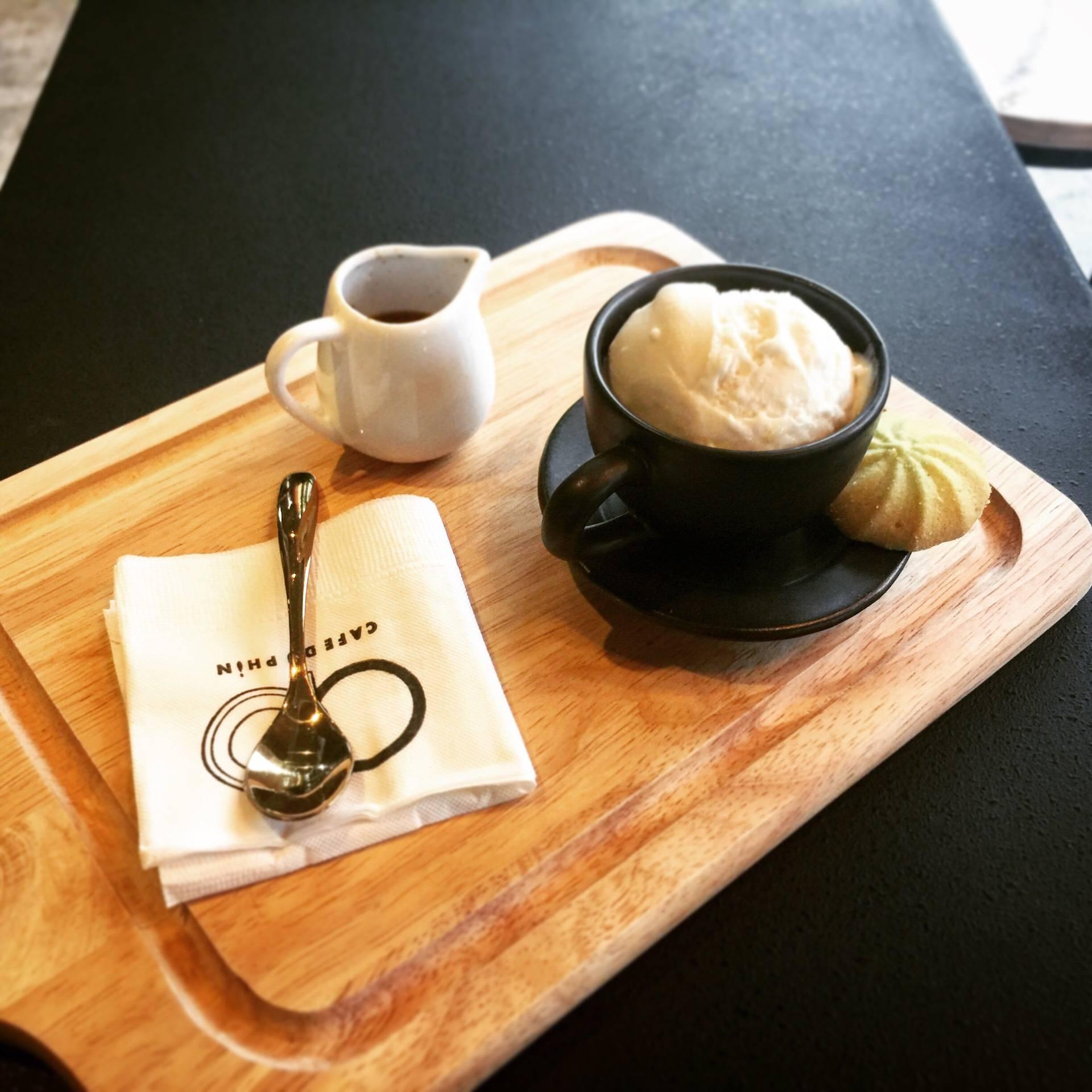 Cafe Du Phin