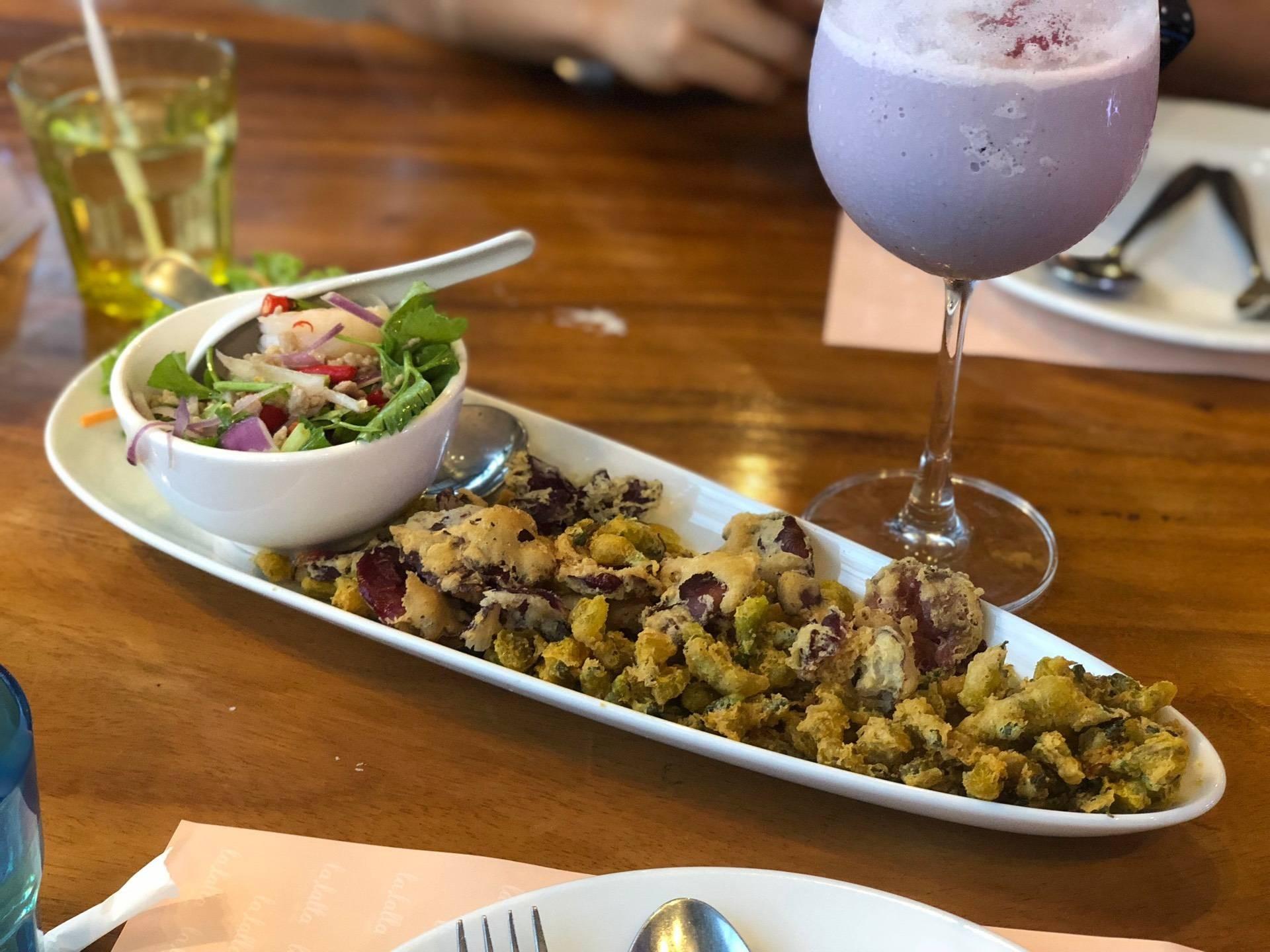 Bloom Restaurant @ ดาษดา รีสอร์ท