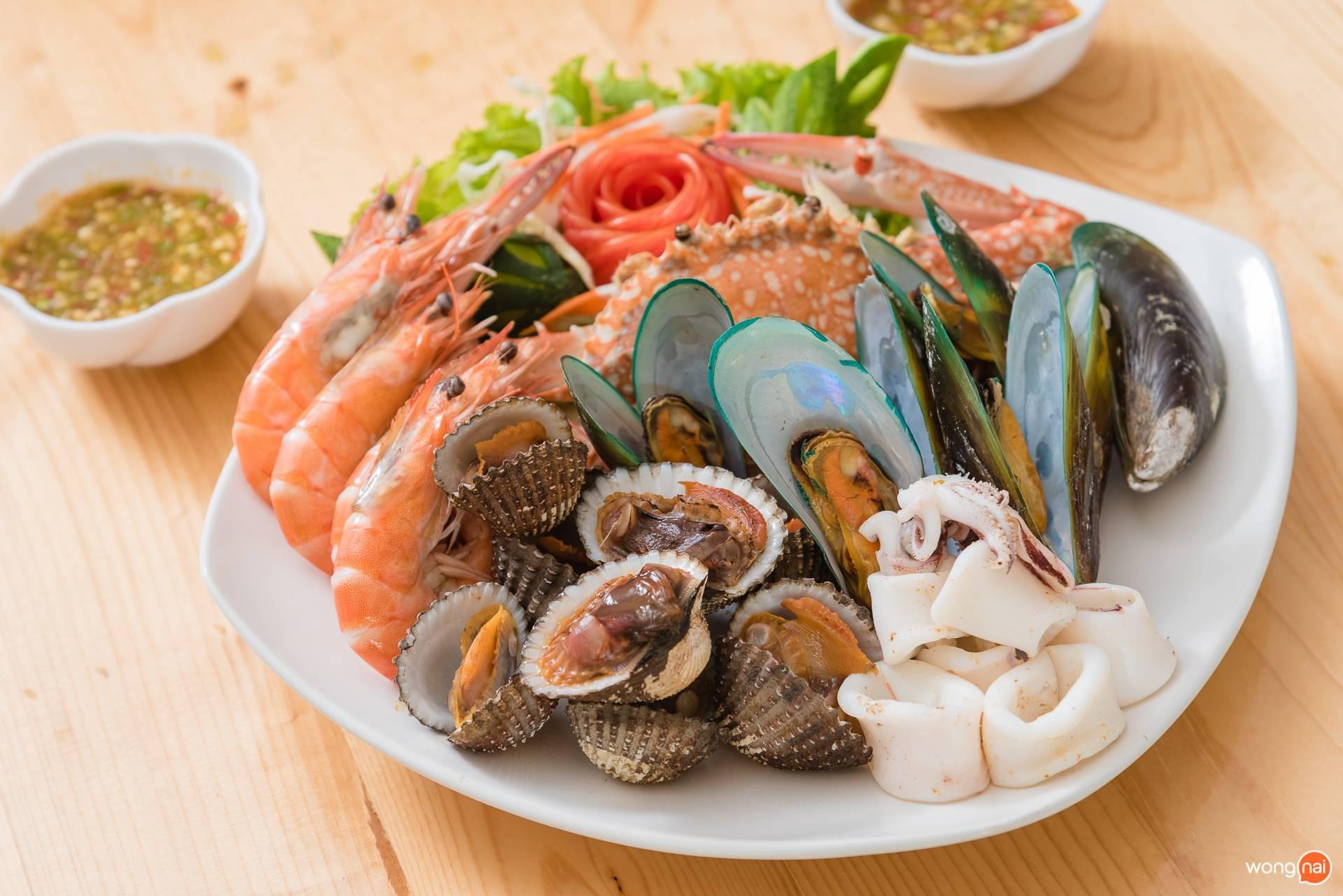 หอยแซ๊บ ซีฟู๊ด