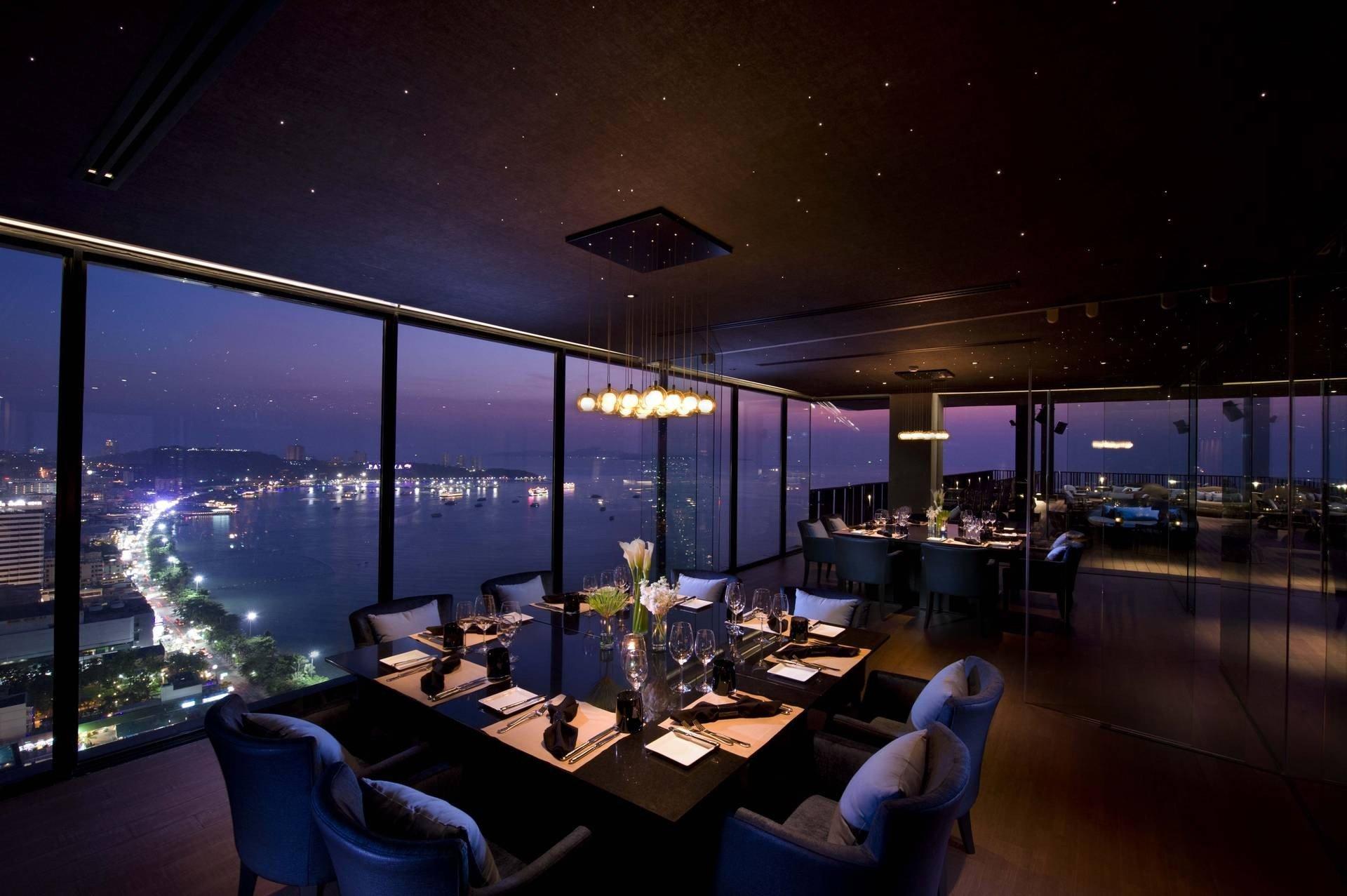 Horizon Rooftop Restaurant & Bar Hilton Pattaya