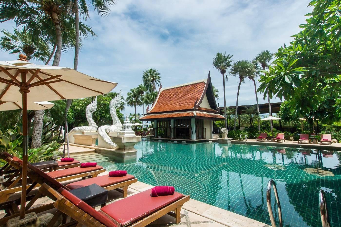 Dor Shada Swimming Pool