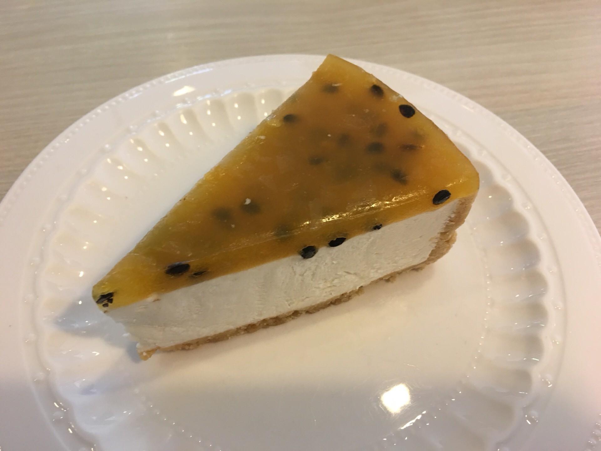 Cheesecake House & Restaurant ทองหล่อ