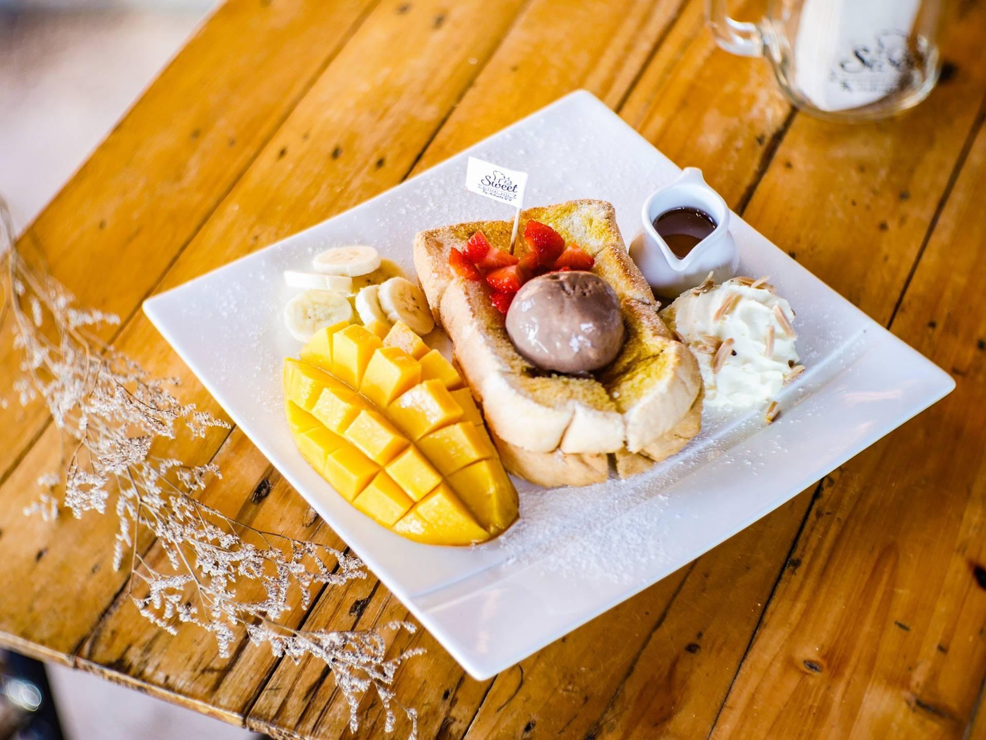 Sweet Dessert Cafe By Chakunta