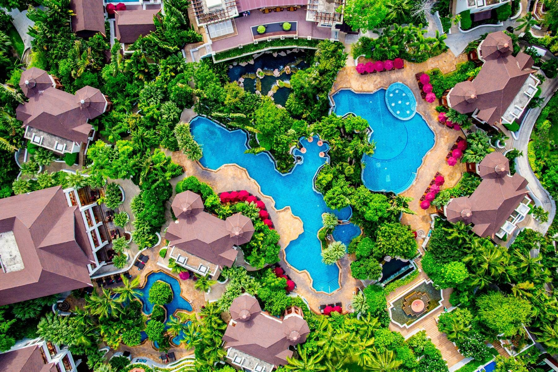 InterContinental Pattaya Resort - Swimming Lagoons