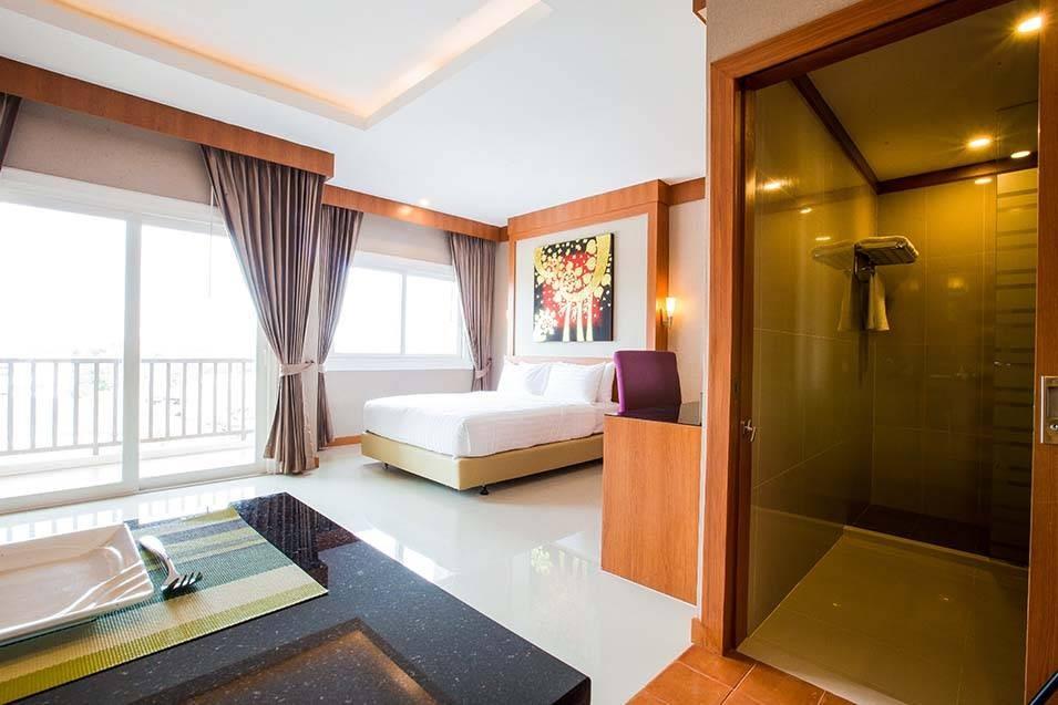 Romantic Khonkaen Hotel