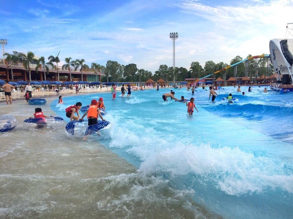 dino waterpark