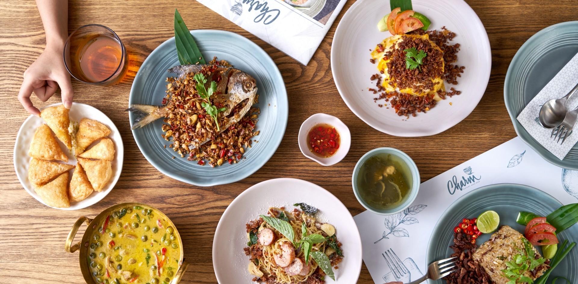 """""""CHARM EATERY AND BAR"""" ร้านอาหารไทยสุดจัดจ้าน สูตรคุณย่า"""