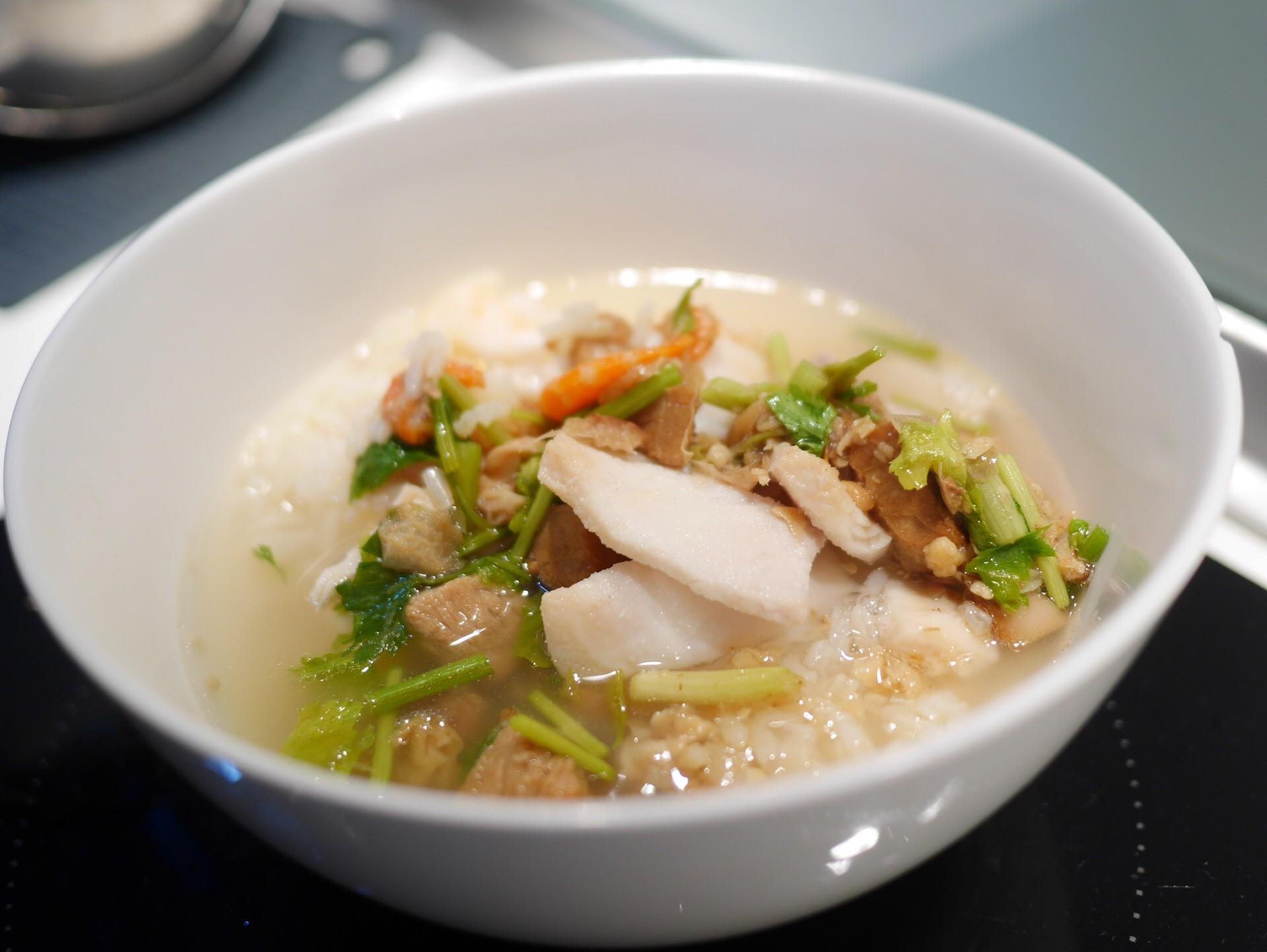 ข้าวต้มปลากิมโป้ (เฮียฮ้อ) ถนนจันทน์
