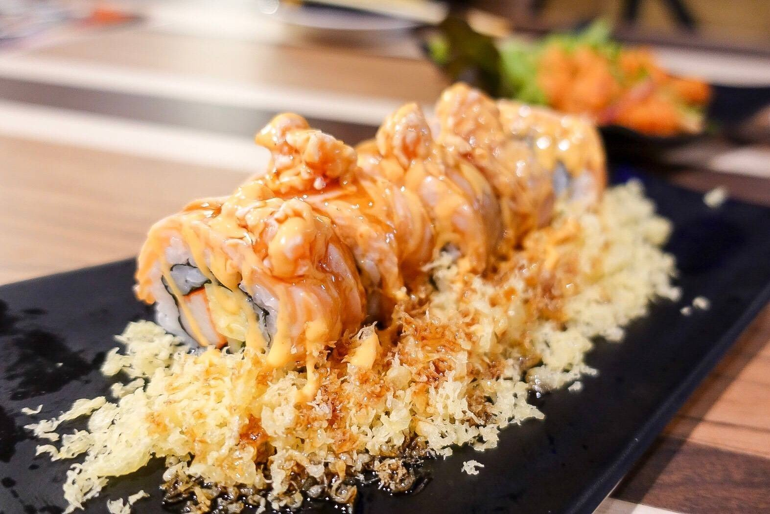 Salmon Spicy Roll (149THB)