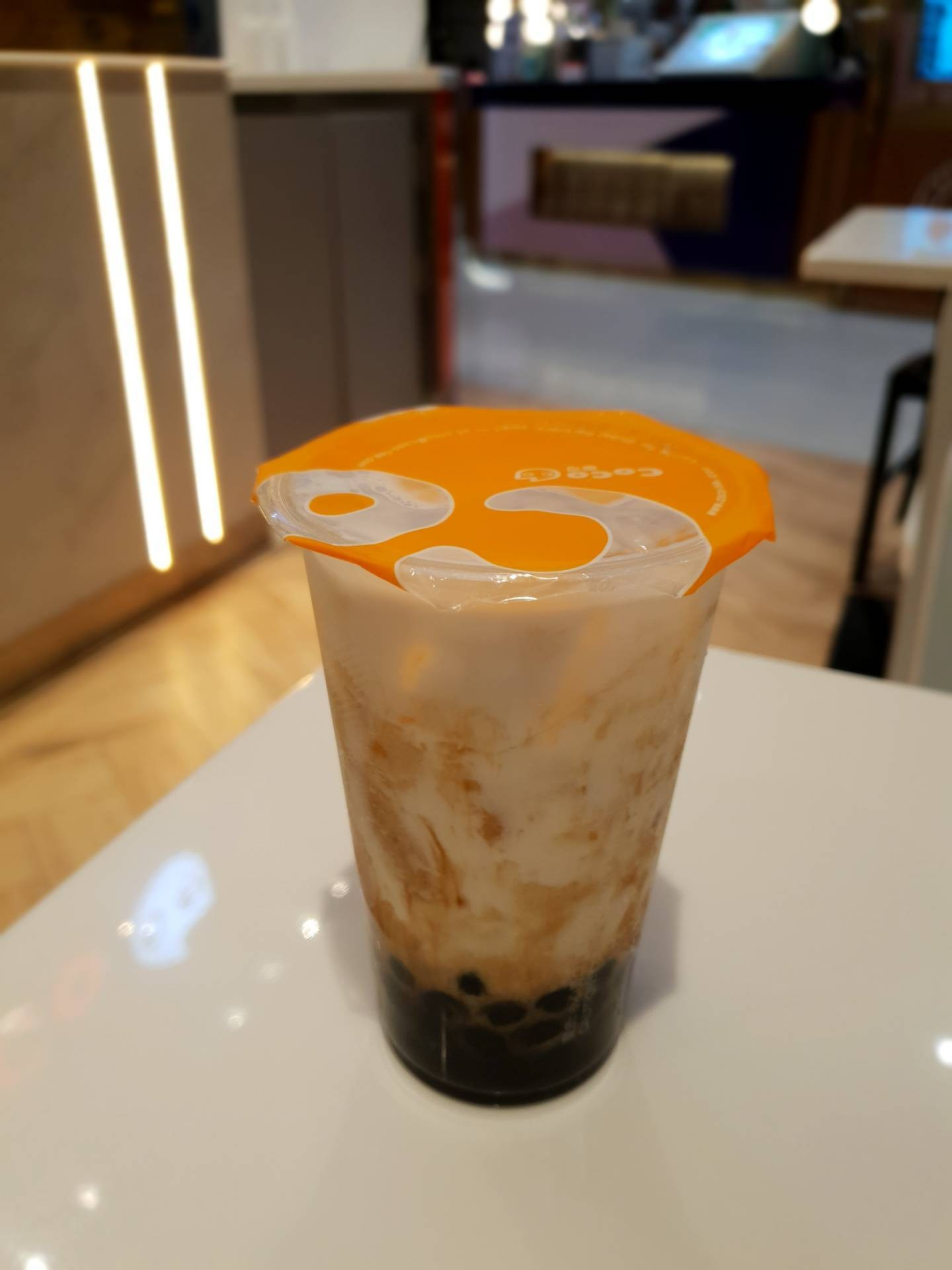Coco Fresh Tea & Juice เอ็มควอเทียร์