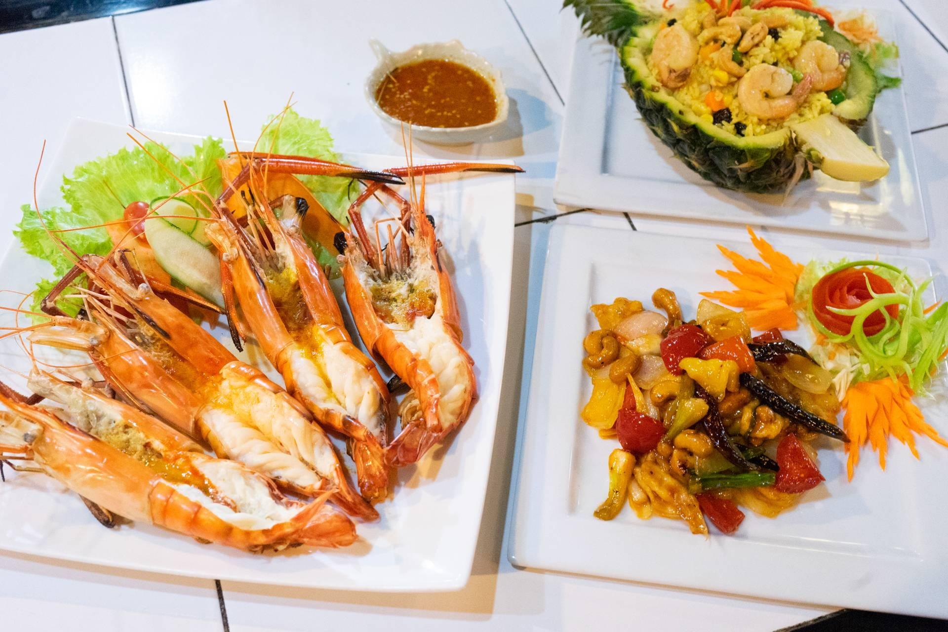 The Roadside Pub & Restaurant Chiangmai