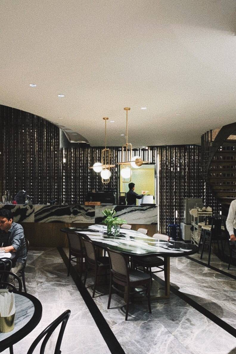 The Hub Cafe and Eatery ไอคอนสยาม