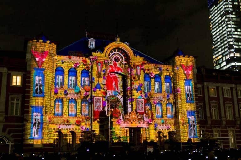 ภาพ Terrace Michi Projection Lighting onto Tokyo Station โดย t-mizo