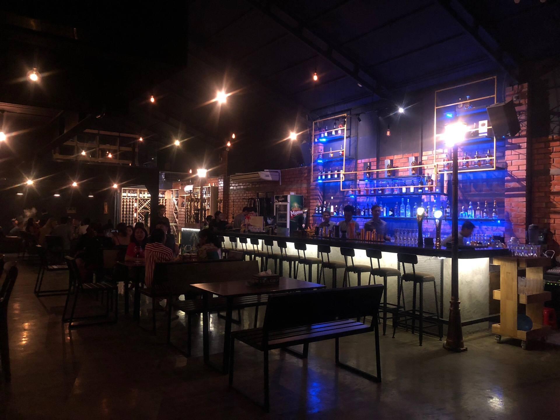 Rich Bar