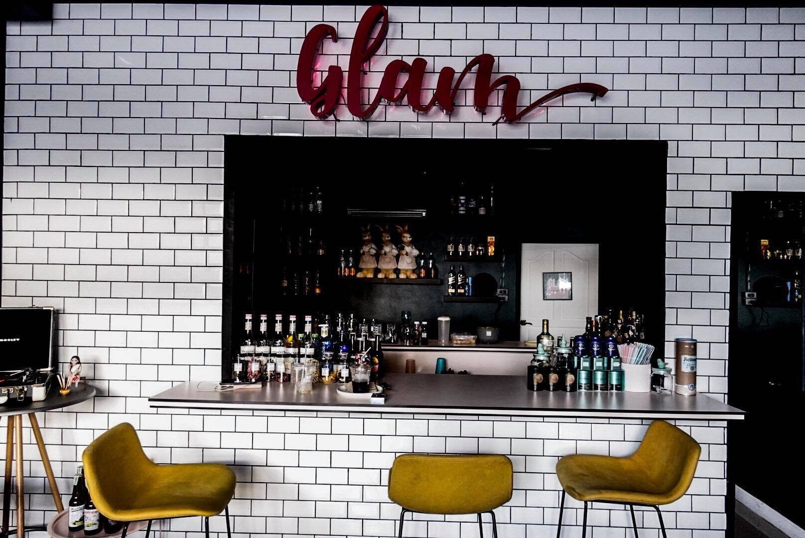 Glam Speakeasy Bar