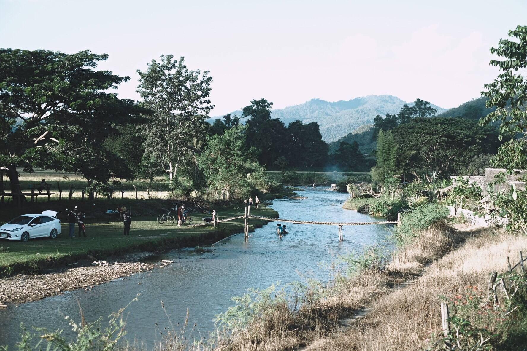 เป็นจุดเด่นของเมืองคองเลย แม่น้ำใสสะอาด อากาศดี