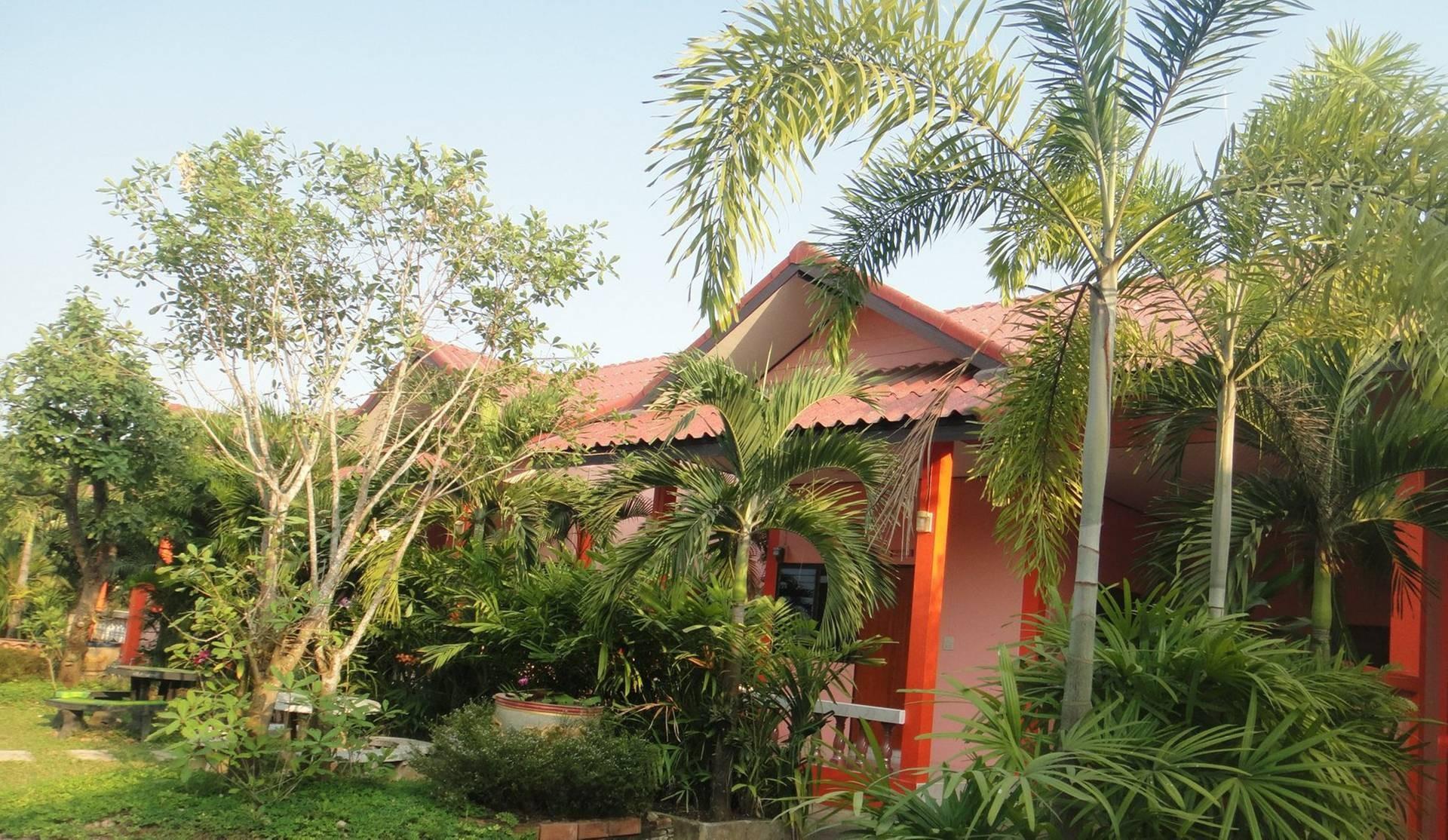 ขอบคุณรูปภาพจาก บ้านสวนปาล์มรีสอร์ท อุตรดิตถ์-Baansuanpalm resort Uttaradit