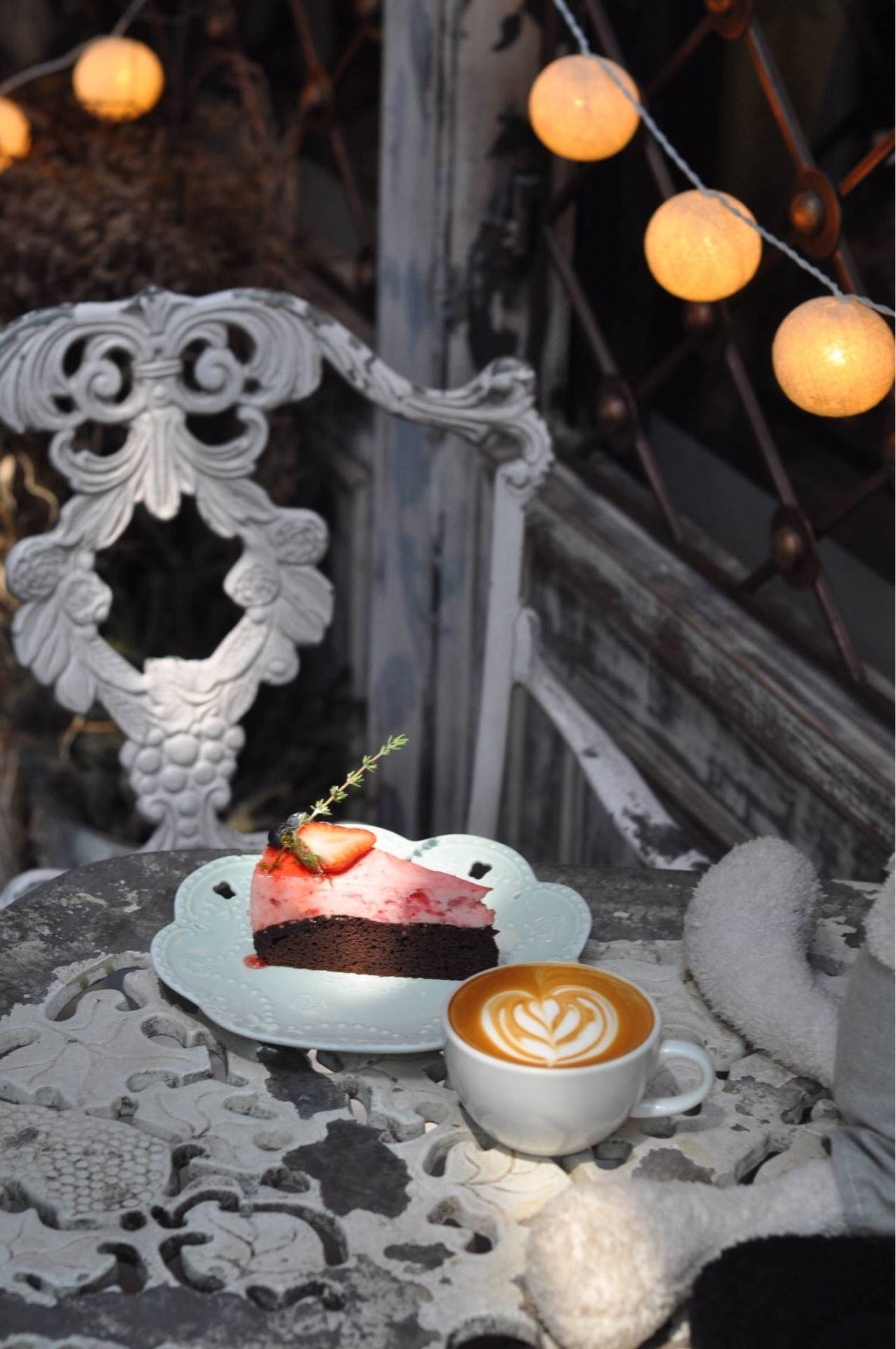 B-story Cafe'