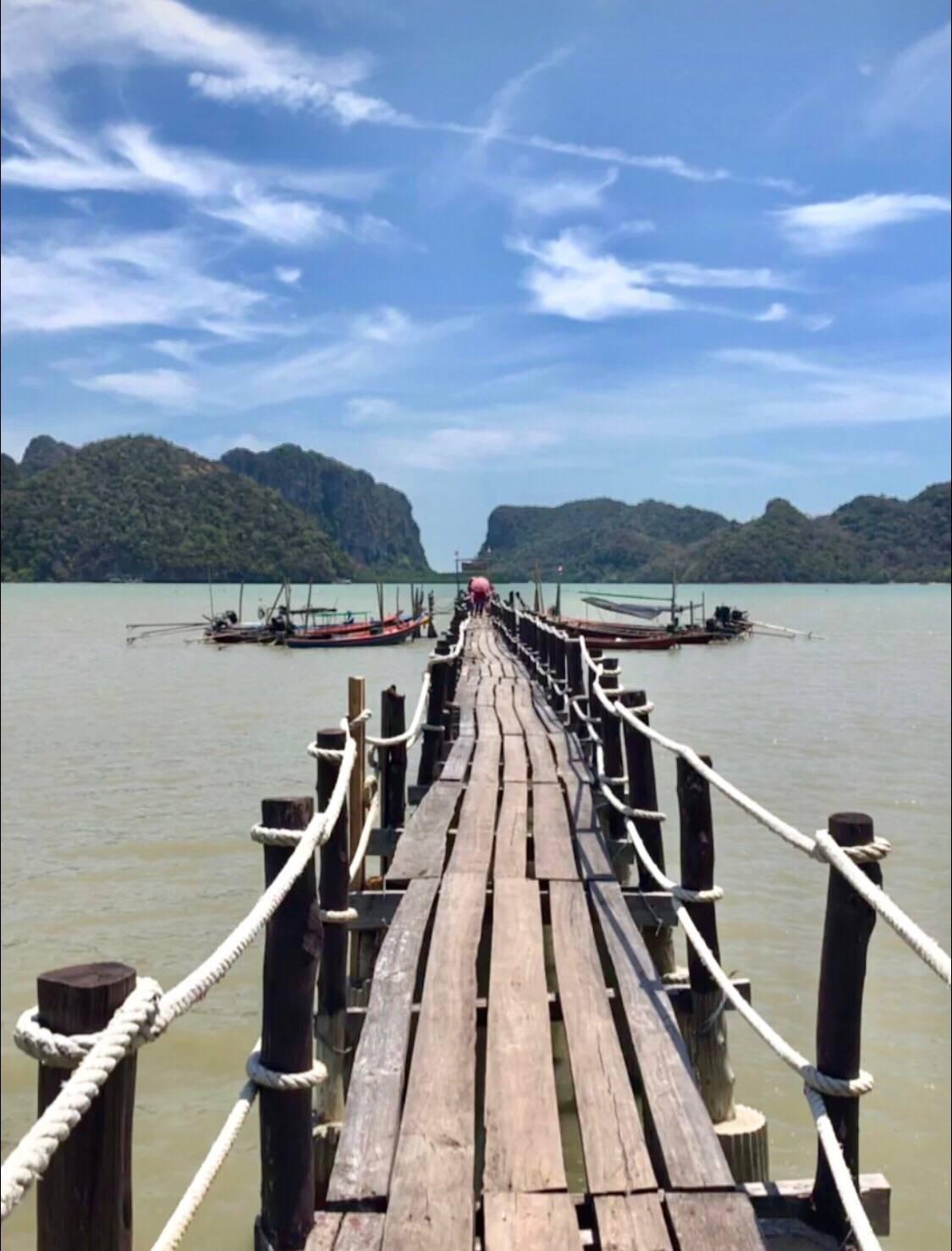 สะพานไม้อ่าวเตล็ด