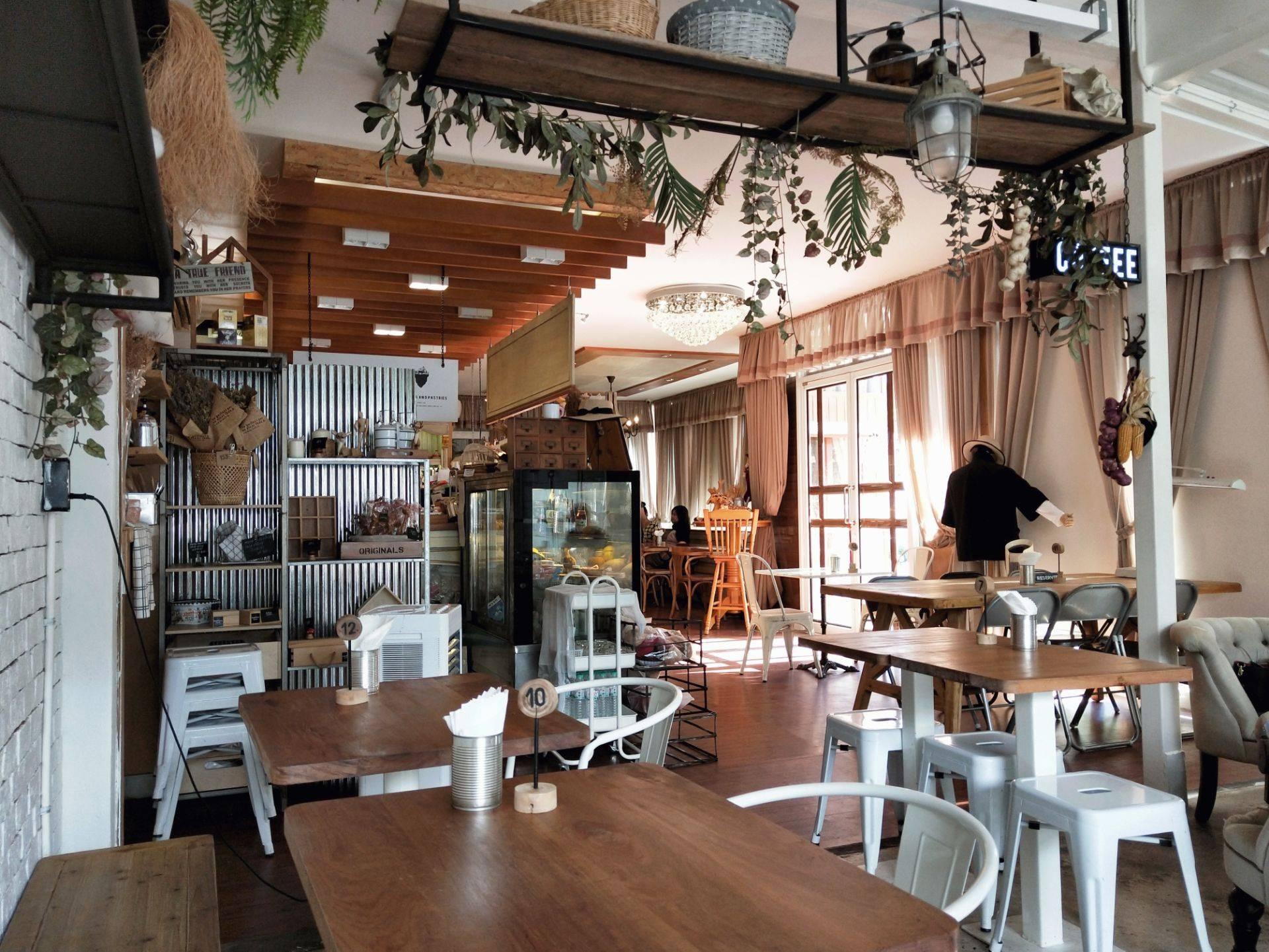 LANDDEAR CAFE & BISTRO