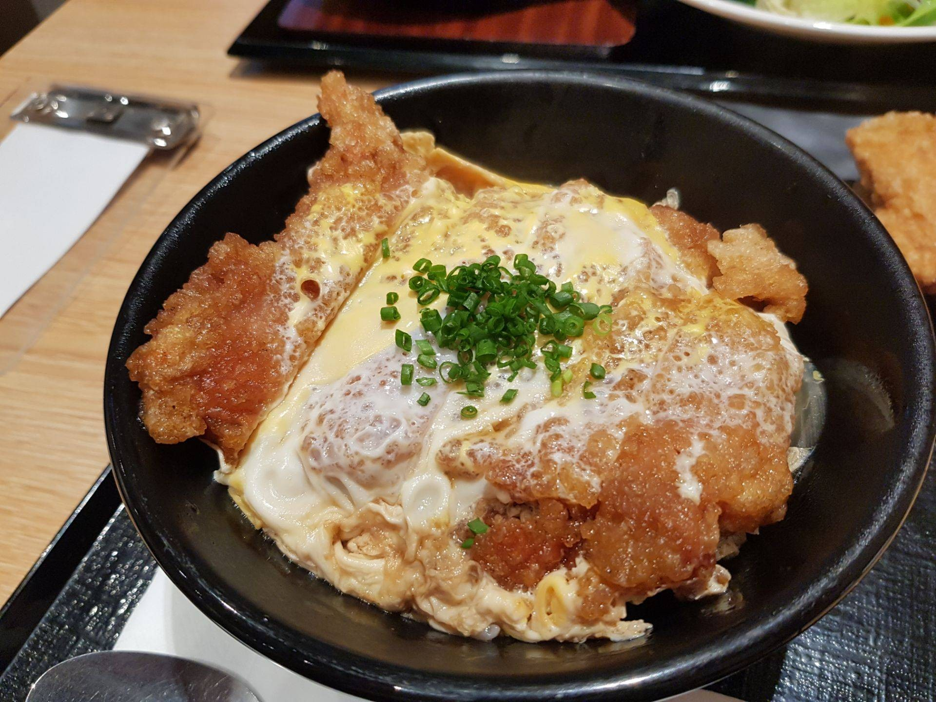 KARAYAMA JAPANESE FRIED CHICKEN Siam Square One