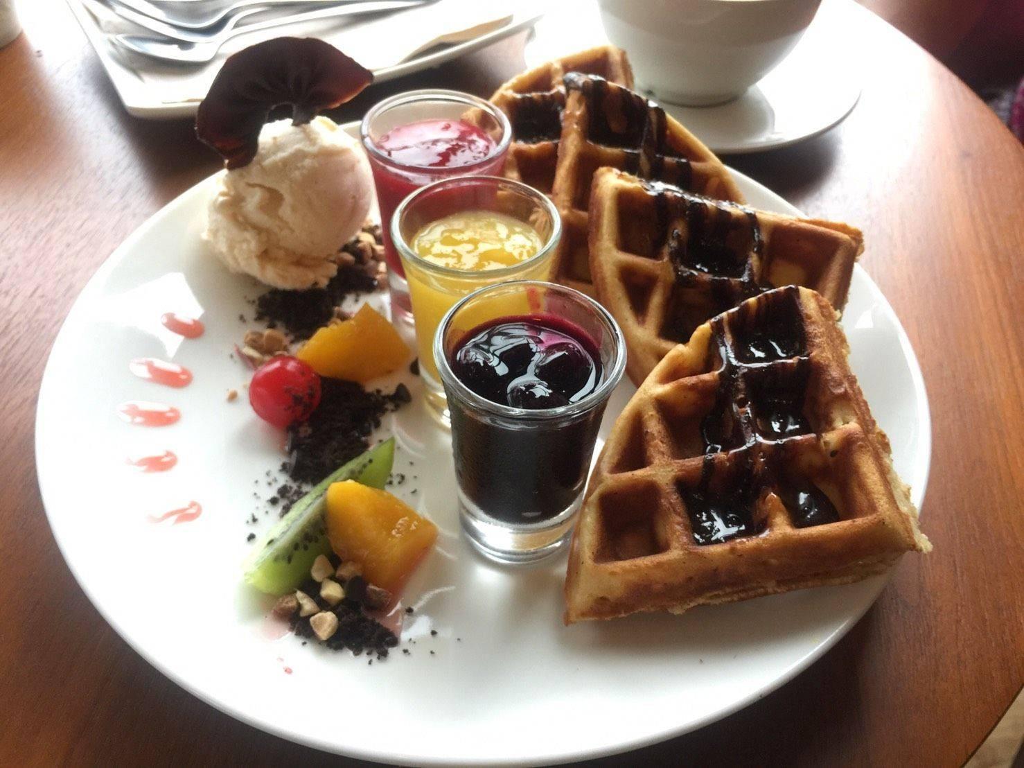 Berry Cafe แสนตุ้ง