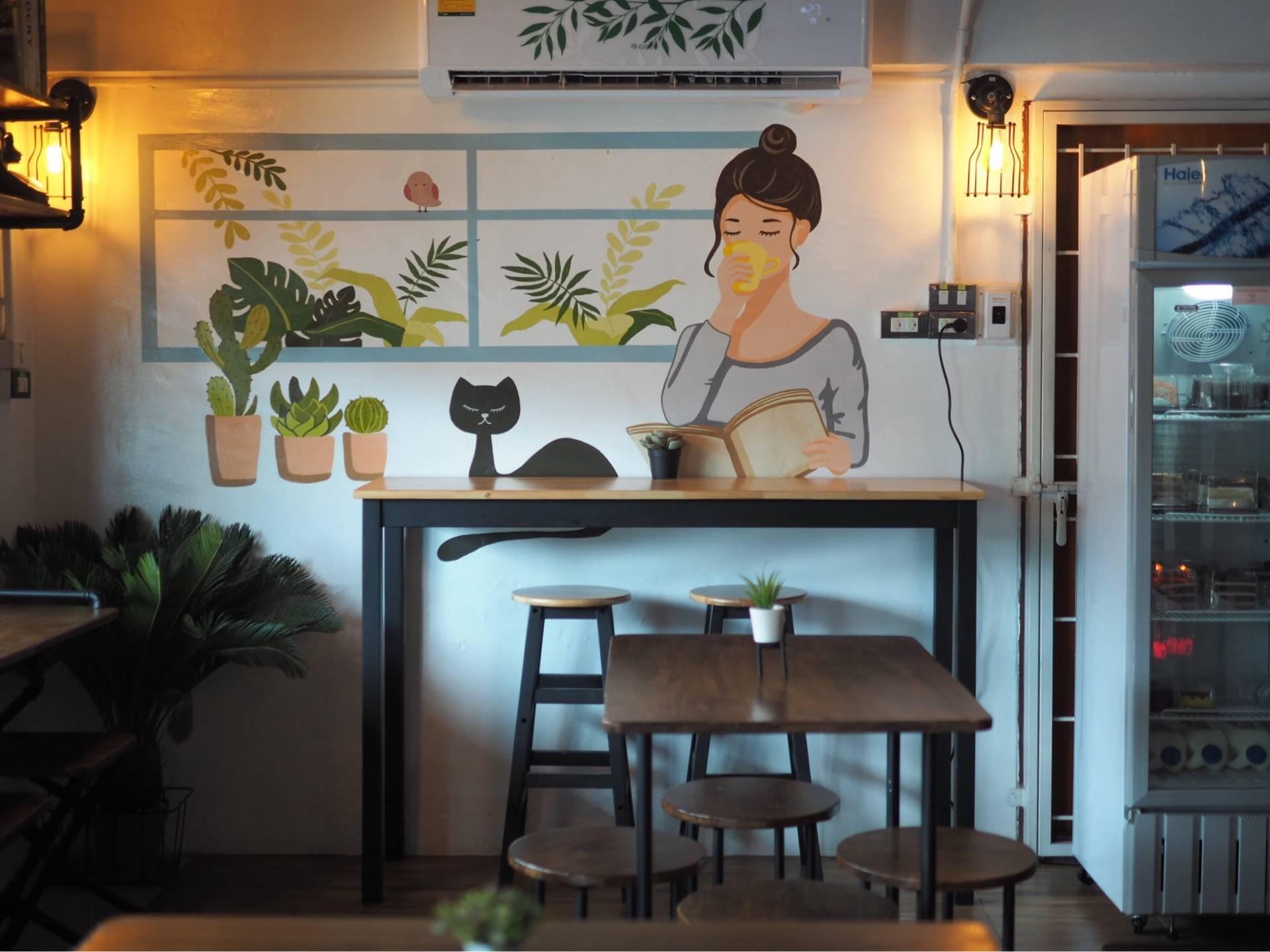 THUR'S DAY Fox Cafe