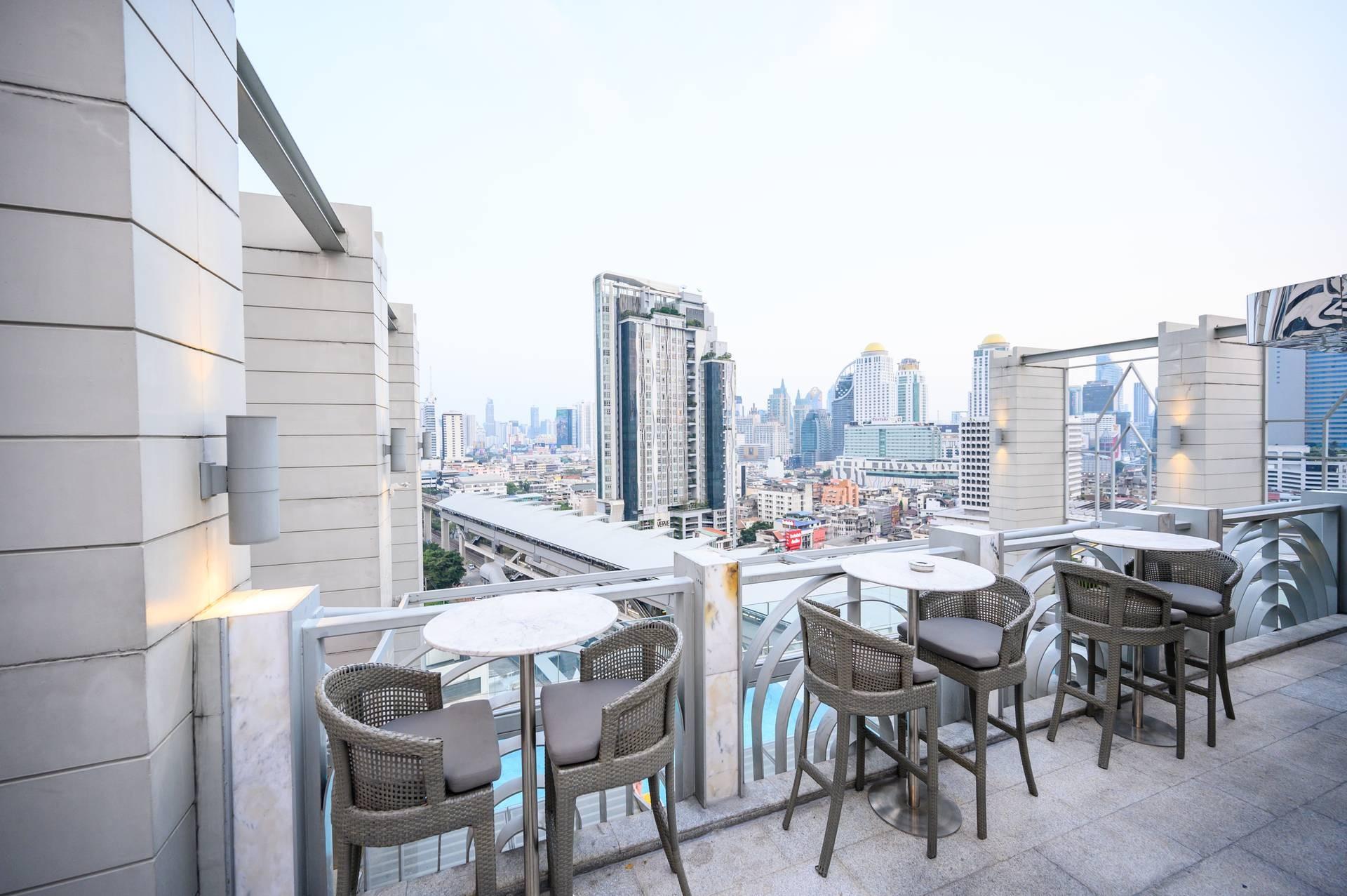 Barracuda Rooftop Bar