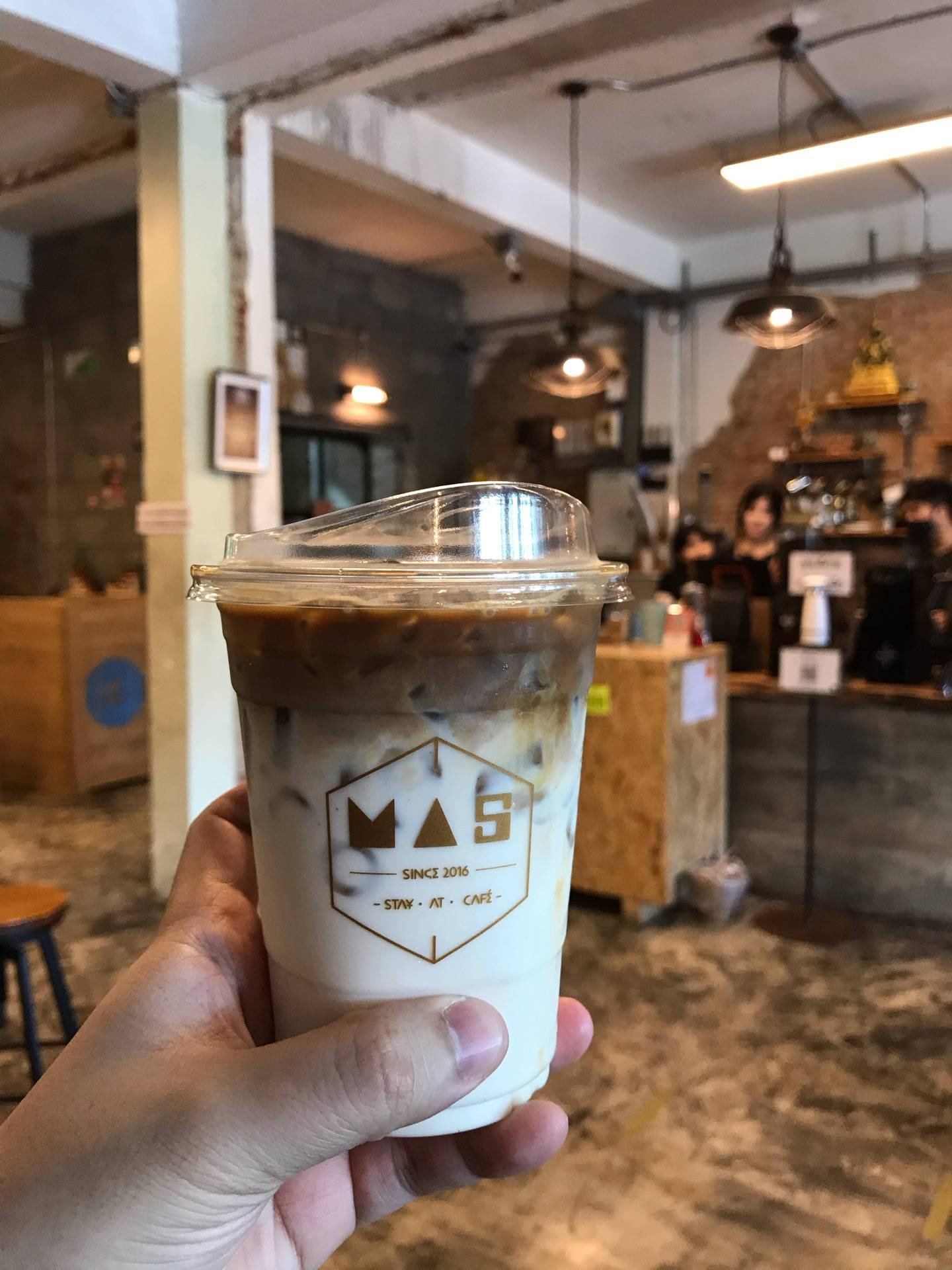 Mas Stay-at-cafe