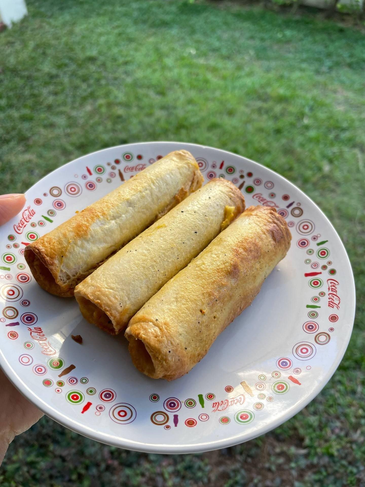 Air fryer sausage egg roll