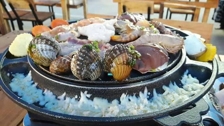 ตั้งหลัก ปิ้งย่าง ชีส อาหารทะเล ตลาดนัดนกฮูก ตลาดนัดนกฮูก