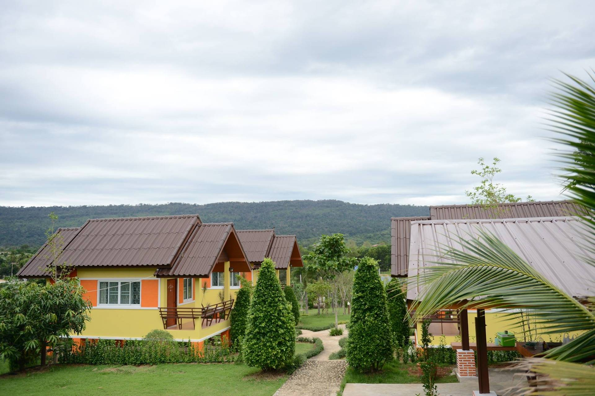 Sukchai Lake Hill Homestay
