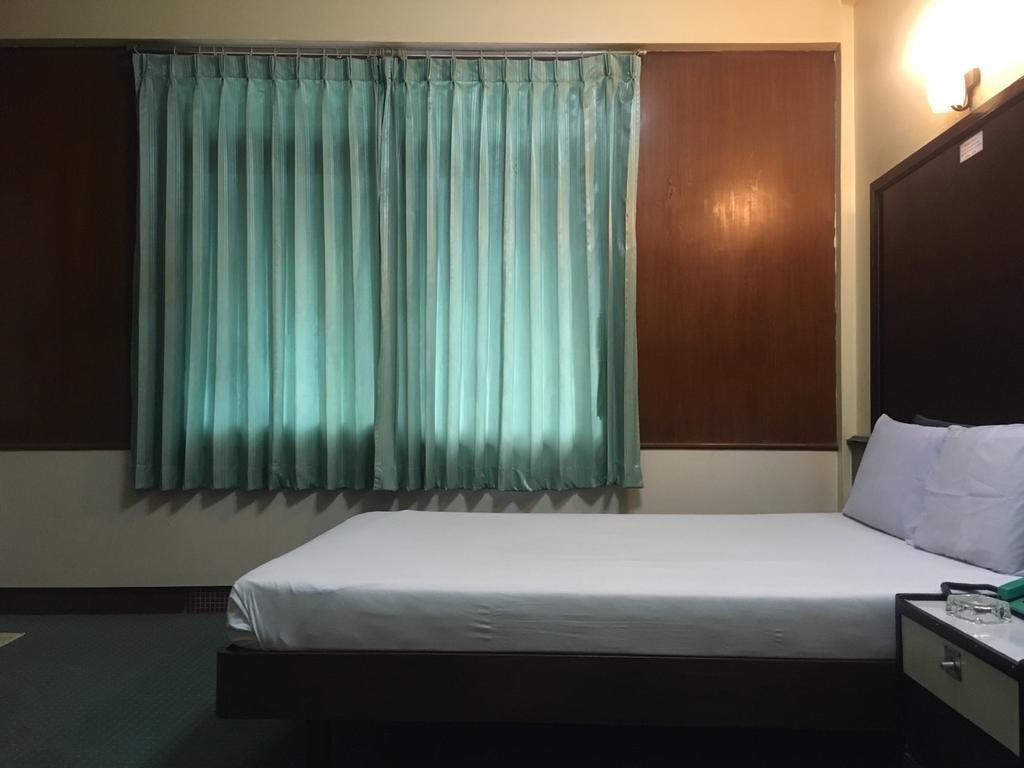 โรงแรมทักษิณ 2