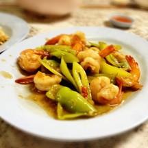กุ้งผัดพริกหยวก อร่อยที่สุดในสามโลก