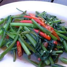 ผัดผักบุ้งไฟแดง