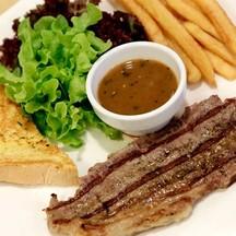 สเต็กเนื้อวากิว ( Wagyu Steak )
